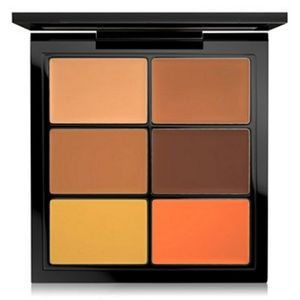 x1 MAC CONCEAL and CORRECT DARK PALETTE BN BOXED